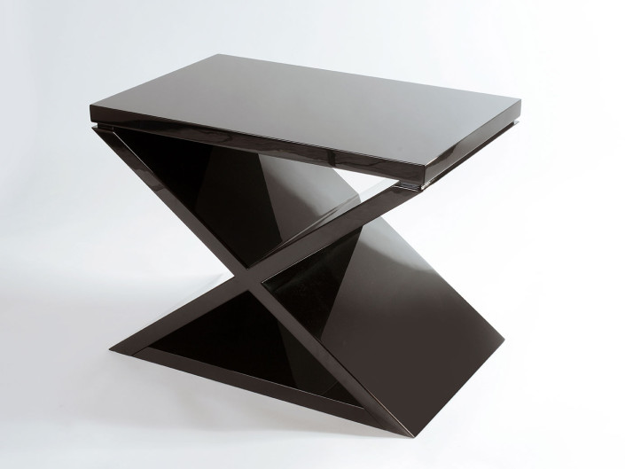 X Linea S Side Table