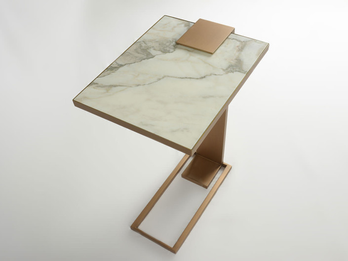 Poli Side Table